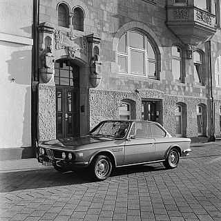 04: BMW