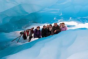 Reisegruppe im Eis